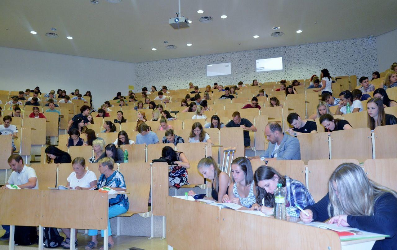 Zápis do bakalářského studia 2016